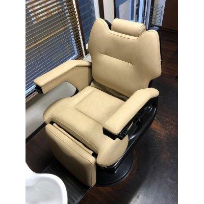 画像1: パイオニア製 理容椅子  張替(L-2434)